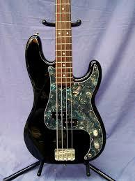 Clube do Precision Bass (Administrado pelo Getorres) - Página 3 Images?q=tbn:ANd9GcTRjSR3AstXDFpbC5pi2VNHKimJ0YpfEq6Wf-VVH71b5T0k85BQ