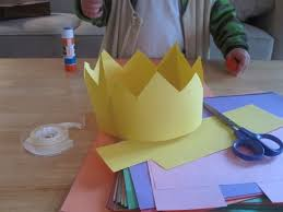 ideas about Yellow Paper on Pinterest   Journals  Paper     Pinterest Construction Paper Crowns  I would buy some jewels to put on