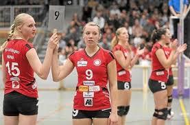 Nina Kohler (links), hier mit Michelle Feuerstein, überzeugte im dritten Satz.Foto: Kienzler. Villingen-Schwenningen - 2. Bundesliga, Damen: TV Villingen ... - media.media.2a8a0117-df96-4752-9726-6a7b3921cc76.normalized