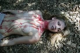 お宝 ヌード女性レイプ・死体|【グロエロ】死んでる全裸の女を見る死体アートとかいうジャンル。