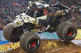 how many monster jam trucks are there pirate u0027s curse monster trucks wiki fandom powered by wikia