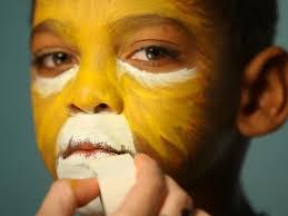Halloween Kids Witch Makeup by Kid U0027s Halloween Makeup Tutorial Lion Hgtv