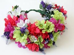 Floral Arrangement Supplies by How To Make A Floral Head Wreath How Tos Diy