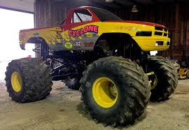 monster truck bigfoot 5 cyclone monster trucks wiki fandom powered by wikia