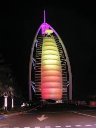 images?qtbnANd9GcTYG8 acEl78Uq50UiOUZ MdEc9YLyzpQT9URHHLDkBCLzezAUI - Burj al Arab wid Lights And its swimming pool