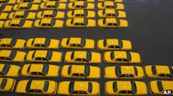 Sandy deixa cenário pós-apocalíptico em Nova York