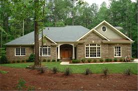 Hip Roof Ranch House Plans Country Traditional Home With 3 Bedrms 2461 Sq Ft Plan 109 1103