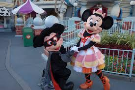pre halloween party updated what to expect from 2016 mickey u0027s halloween party at