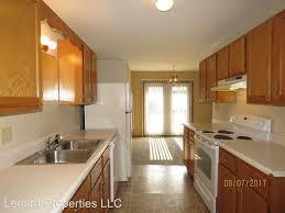 Kitchen Cabinets Springfield Mo 2955 W Roxbury St A For Rent Springfield Mo Trulia