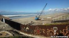 BBC Brasil - Notícias - Muro que separa EUA do México será ...