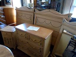 Bedroom Suites For Sale Furniture Fresh And Antique Canterbury Used Furniture Collection