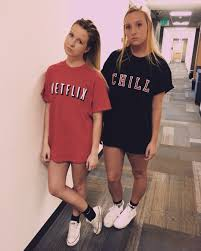 Group Family Halloween Costumes by Netflix And Chill Halloween Costume Diy Pinterest Netflix
