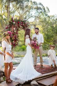 deco nature chic dale u0026 luke mariage festival hippie chic glamping funky wedding