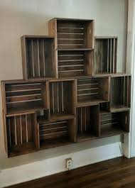 Wooden Crate Bookshelf Diy by Best 25 Crate Bed Ideas On Pinterest Pallet Bed Frames Cool