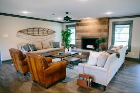 Fixer Upper Living Room Wall Decor Fixer Upper Eligible Bachelor Ranch Style And Living Rooms