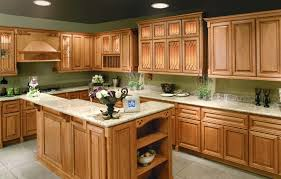 Maple Shaker Style Kitchen Cabinets Quartz Countertops With Natural Maple Cabinets Roselawnlutheran