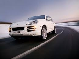 Porsche Cayenne Towing Capacity - porsche cayenne estate 2003 2009 features equipment and
