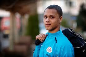 FC Den Bosch heeft in Moreno Rutten (19) en Anthony van den Hurk (19) twee talentvolle spelers aangetrokken. Van den Hurk en Rutten voegen zich per 1 juli ... - ANTHONY_686307a