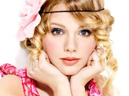 Taylor Swift , she's Adorable :D