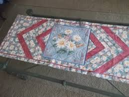 Quilted Table Runners by 262 Best Quilted Table Runners U0026 Toppers Images On Pinterest