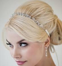 Penteados e tendências para noivas 2015