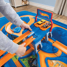 wheels car u0026 track play table kids pretend play step2