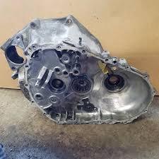 04 05 acura tl 6 speed 3 2 manual transmission case half bell