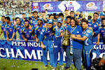 Tendulkar bids goodbye to IPL, Mumbai dedicate title to him | Suhaag