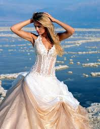 wedding dresses for the beach