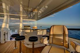 luxury yacht charter my maggie maggie sundeck wet bar westport