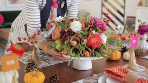 How To Decorate Your Dining Room Table A Sweet Way To Decorate Your Dining Table For Guests Youtube