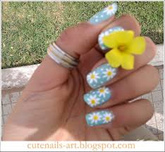 daisy nail design three color colour nail art light blue white