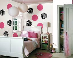 How To Decorate Walls by How To Decorate Your Bedroom Walls Shoise Com