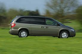 chrysler grand voyager estate review 2001 2008 parkers