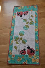 Quilted Table Runners by 221 Best Quilted Table Runners Images On Pinterest Quilting
