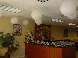 Office Decoration Items by Christmas Office Decorating Ideas Images 220 Best Holiday