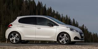 cheap peugeot peugeot 208 review carwow
