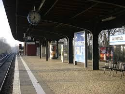 Attilastraße station