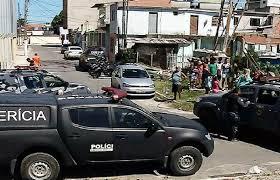 Suspeito é morto durante tiroteio e perseguição pelas ruas de Vila ...