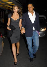 Elizabeth Hurley and husband Arun Nayar pictured leaving the Dorchester hotel, after dinner at the China Tang restaurant with Trinny Woodall and friends, ... - Elizabeth+Hurley+Arun+Nayar+Leaving+Dorchester+AsbuHVQNCoOl