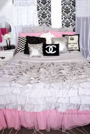 Grey And White Bedroom Decorating Ideas Chic Pink White And Black Bedroom Chanel Themed Room Www