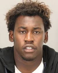 San Francisco 49ers linebacker Aldon Smith leaves an arraignment at.