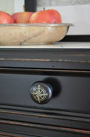 easy kitchen updates knobs u0026 pulls the inspired room
