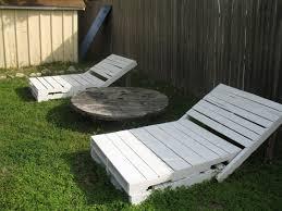terasse en palette 5 idées pour recycler des palettes en bois dans son jardin