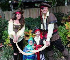 Halloween Costumes For Families by Family Halloween Costumes From Chasing Fireflies Take Time For Style