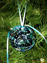 christmas decorations to make at home easy christmas ornaments