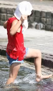 ももがき ロリ幼女|【画像ある】なぜ女子小学生はふとももを丸出しにして俺たちのおちん◯んをイライラさせるのか? : かたつむり速報(むり速)@2ch