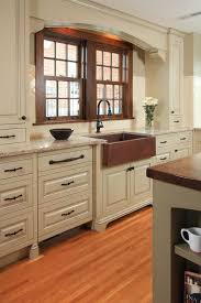 Farmhouse Kitchens Designs Best 25 Farm Sink Kitchen Ideas On Pinterest Farmhouse Kitchen