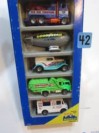 Vintage Ford Ice Cream Truck - wheels 5 car pack city action u002732 ford blimp recycling truck