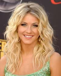 Julianne Hough Photo Gallery